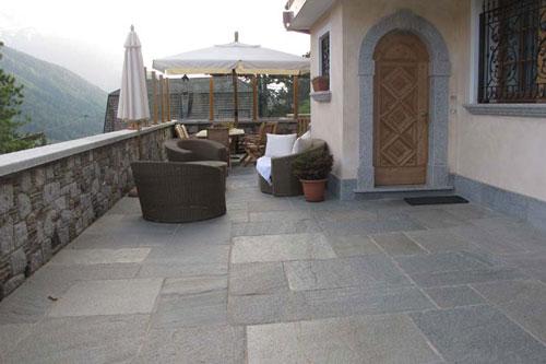 Pavimento In Pietra Naturale Per Interni : Pavimenti in pietra naturale seveso tripodi pavimenti e rivestimenti